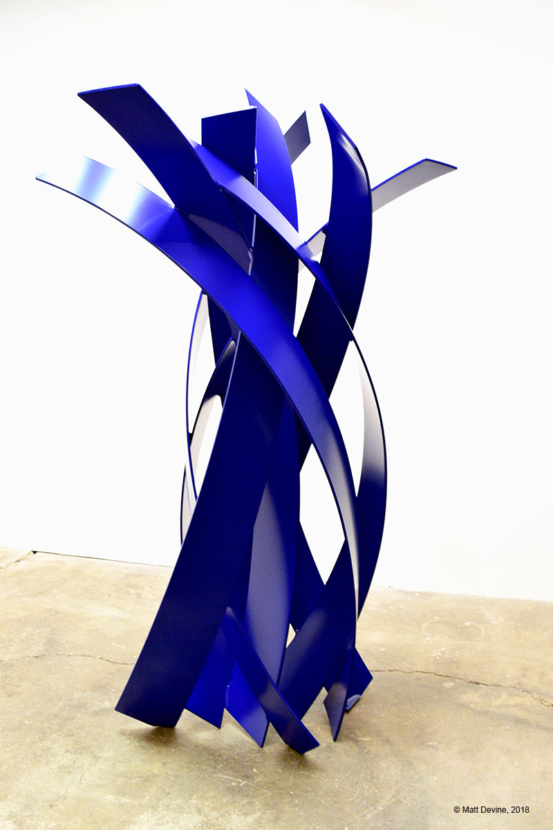 LA BRECHA #2, 2018, aluminum with powder coat, 85 x 47 x 45 in.