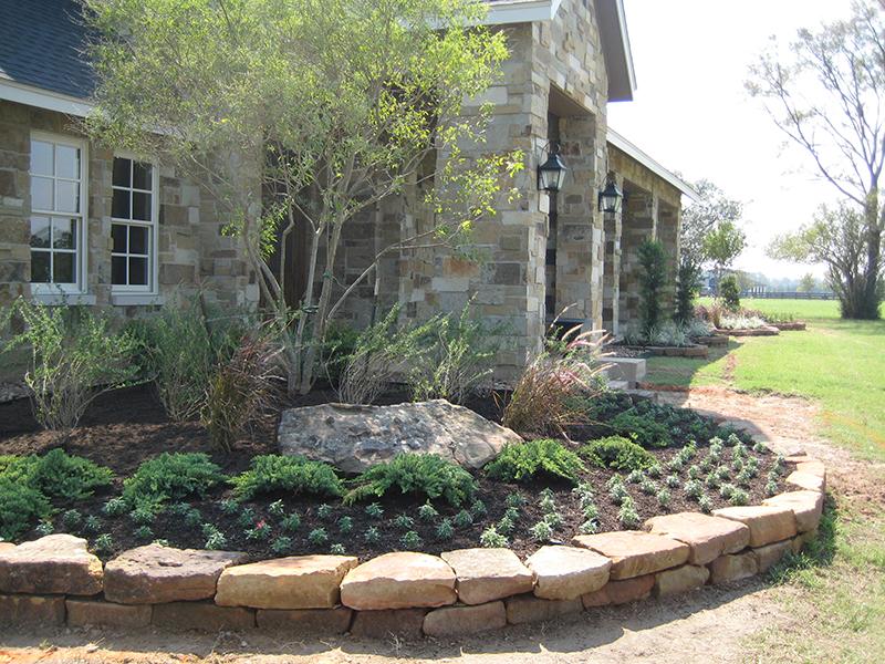 stone-border-landscape-installation-design-magnolia-country-spring-the-woodlands.jpg