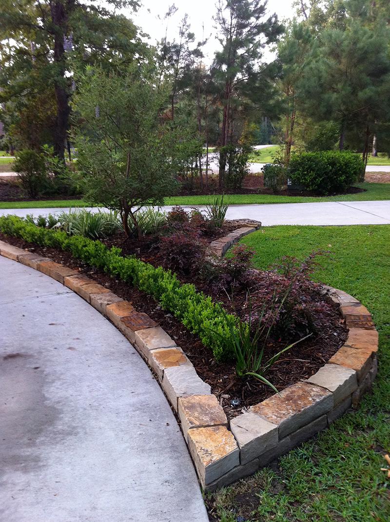 the-woodlands-houston-tx-conroe-woodforest-montgomery-best-landscaper-landscape-design-landscape-installation-lawn-service-maintenance-drainage-irrigation-stone-beds-new-fertilization.jpg