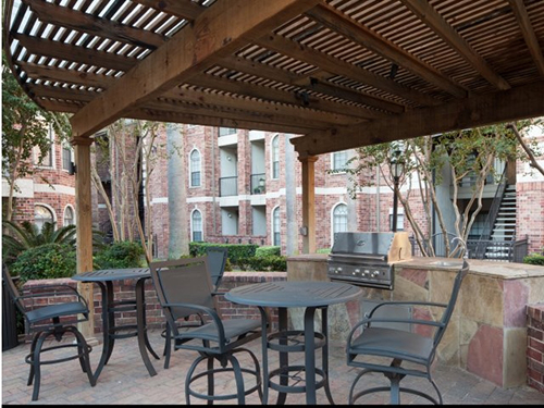 custom-built-pergola-phoenician-arbor-wood-grills-outdoor-kitchen-commercial-design-designs-build-construction-company-landscaper-best-new-top-patio-deck-living-area-houston-the-woodlands-apartments-tomball-spring.jpg