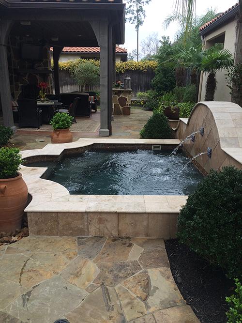 outdoor-fountain-spa-patio-deck-design-build-the-woodlands-cypress-conroe-magnolia-tomball-design-build-best-envy-exteriors-landscape.jpg