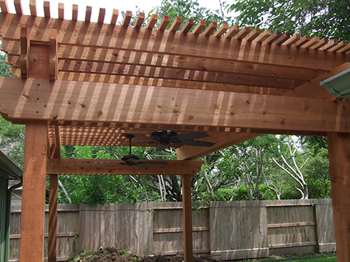 Western-red-cedar-pergola-with-8x8-posts,-2x12-beams,-2x10-joist-and-2x2-shade-lathe,-Houston-Texas.jpg