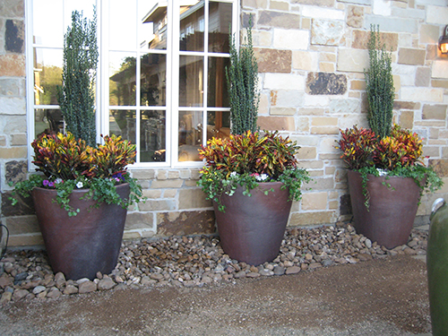 ab-rustic-pottery-urns-sky-pencils-hill-country-landscape-magnolia-houston-the-woodlands.jpg