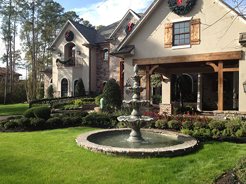 Carlton-woods-the-woodlands-fountain-water-feature-tiered-landscape-houston-estate-envy.jpg