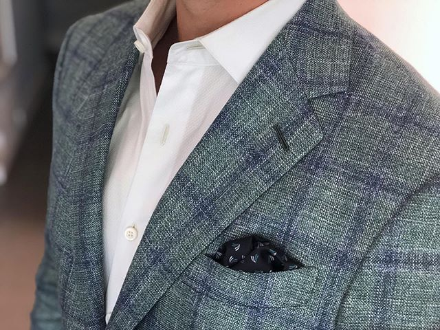 Summertime silk and linen #hudsonsuits #nevercutcorners #customsuits #bespokesuit #sportjacket #tailormade