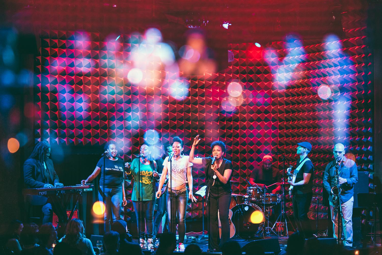 (live at Joe's Pub, NYC // © Leonardo Mascaro)