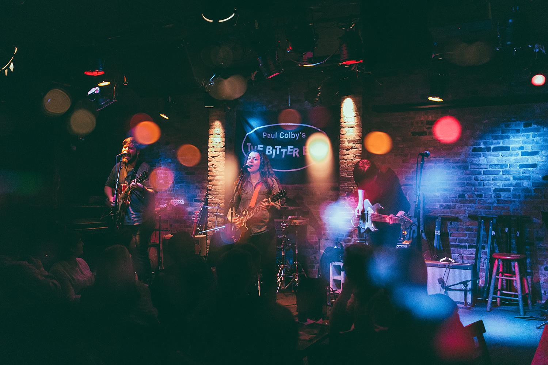 (live at The Bitter End, NYC // © Leonardo Mascaro)
