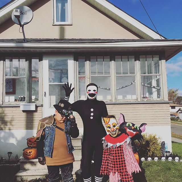 """Gotta love these ones for always striving to put together costumes that haunt my dreams 🖤 Hope the rest of you parents out there are having fun """"sorting"""" candy right now. Happy Halloween! 'Til next year."""