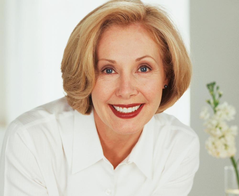 Lorentzen-Dental-Woman-Smile-Cosmetic-Veneers.jpg