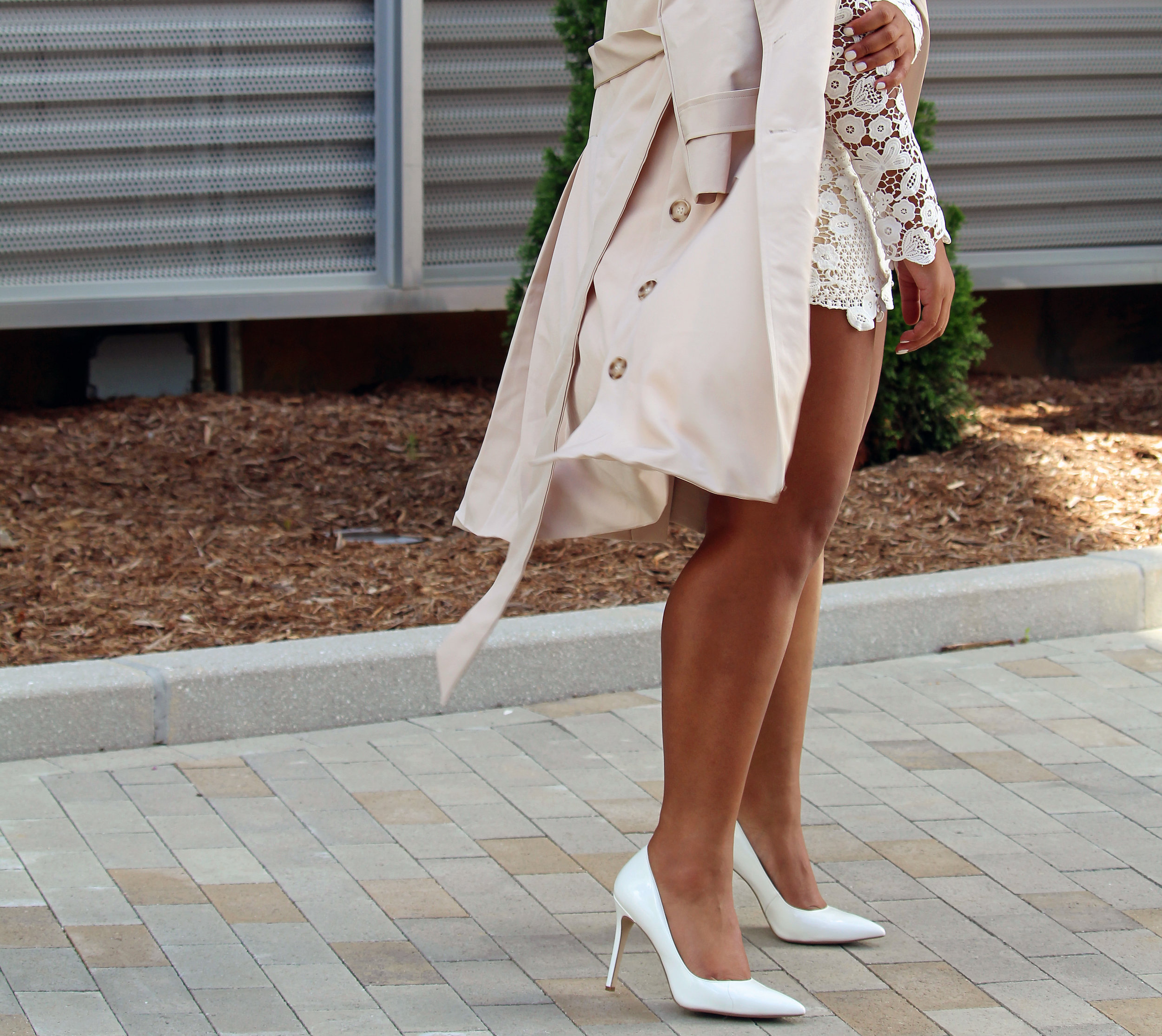 Robinson-Style-Shop-Trench-and-Long-Sleeve-Lace-Mini-Dress-BCBG-pumps-Banana-Republic-sunglasses-5.jpg