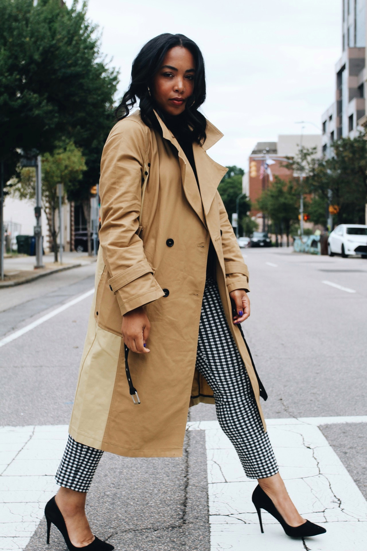 Walmart-fashion-avec-les-filles-lord-and-taylor-trench-gingham-fall-style-5.jpg