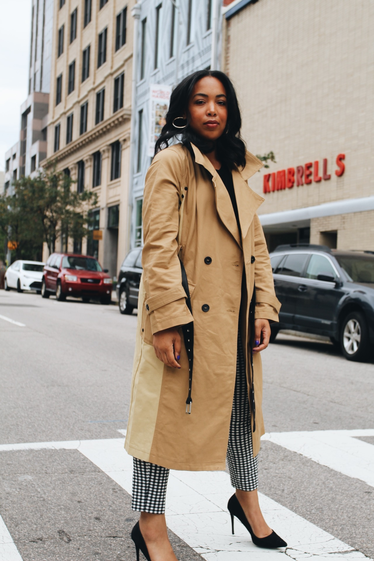 Walmart-fashion-avec-les-filles-lord-and-taylor-trench-gingham-fall-style-6.JPG