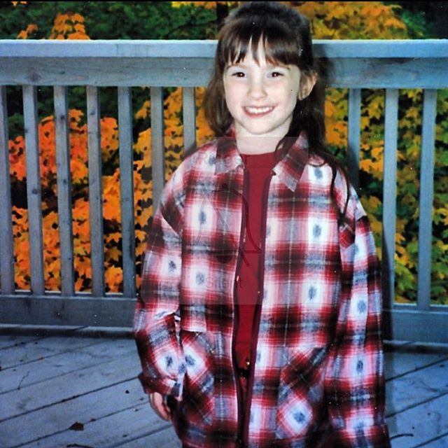 Somethings never change • #grunge #baby #flannel #plaid #90s #fashion #ootd #tbt #throwbackthursday #goodvibes