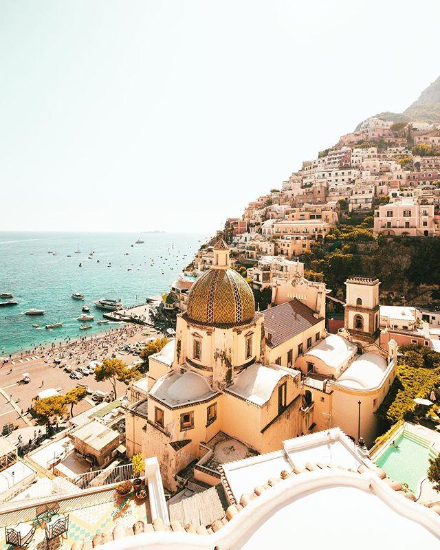 Views of Positano from @lesirenuse