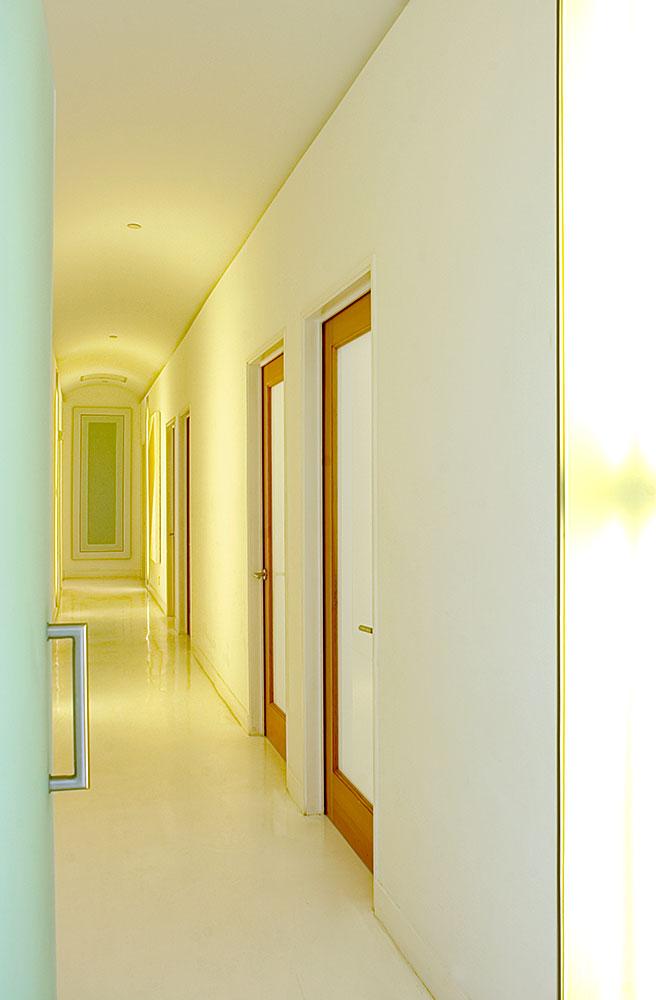 corridor_01.jpg