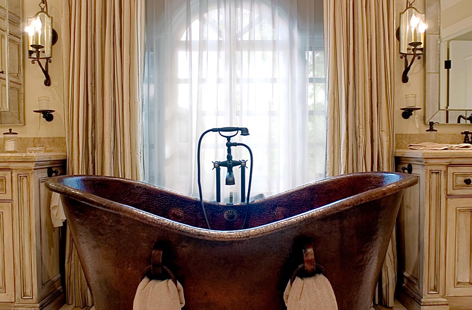 Masterbath_Tub01.jpg