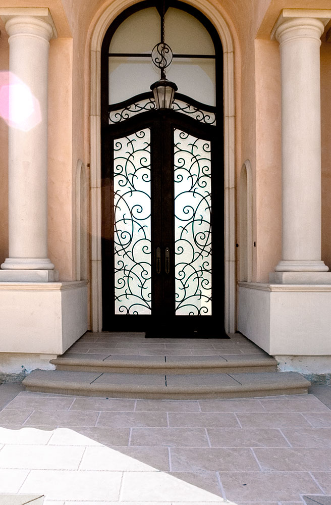 EXT_Front-Entry_01.jpg
