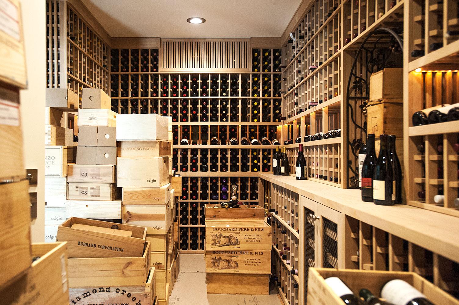 Lopresti_INT18_wine.jpg