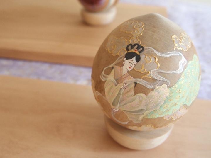 羽衣天女 (2014) Acrylic on Wood /Size: 80mmφ