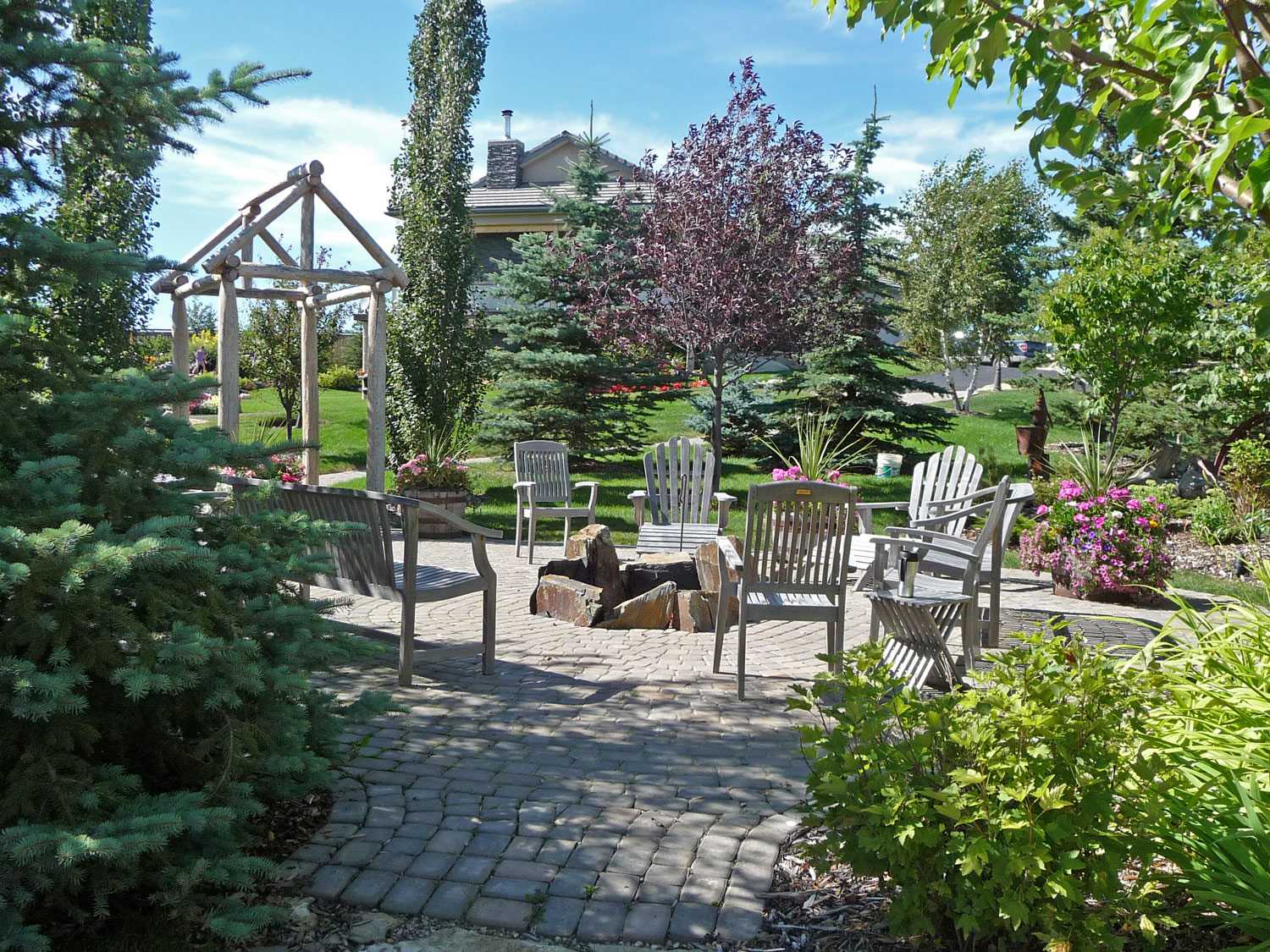 causal outdoor patio and fire pit area