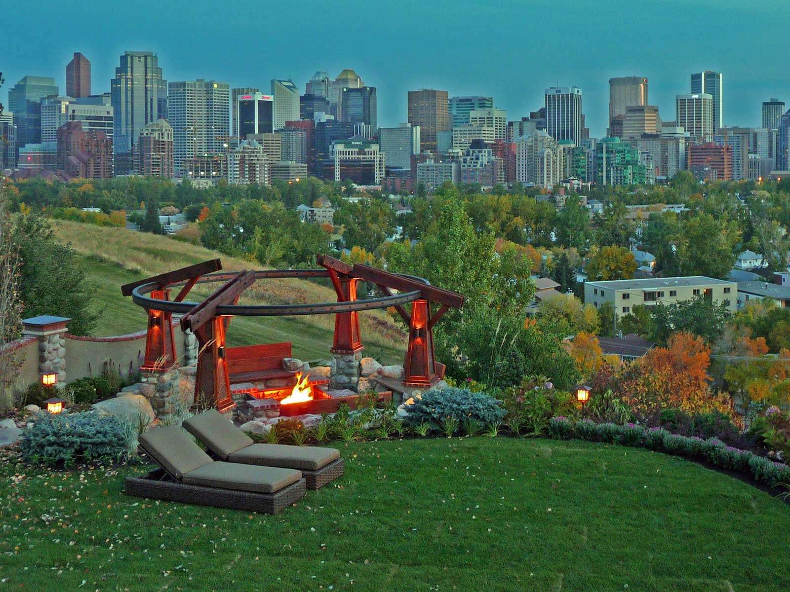 ddla design_rosedale-residence-1_08_city-view-from-house.jpg