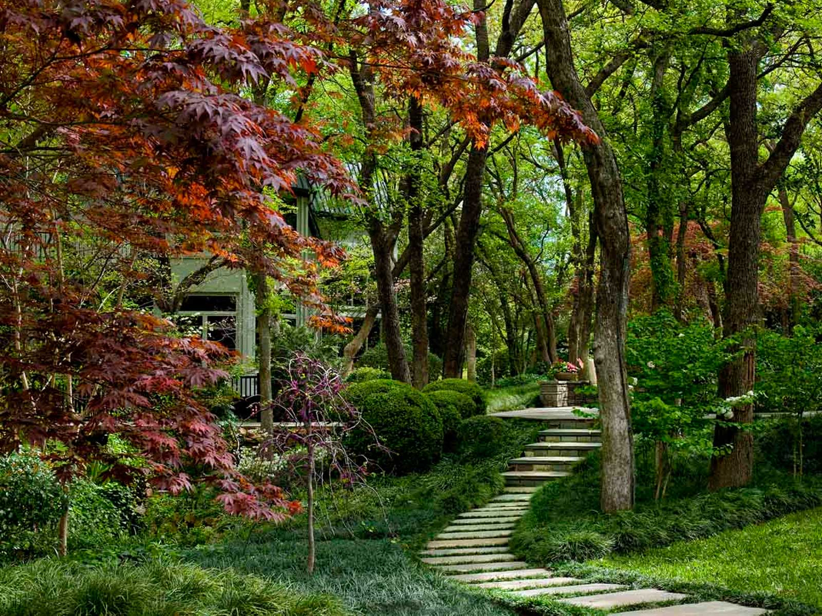 brown_garden-path.jpg