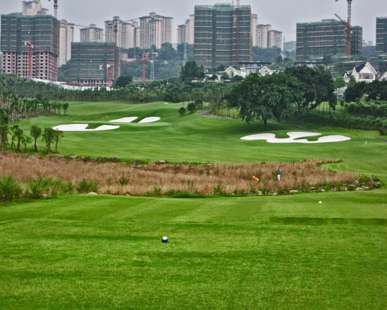 chongqing-riverview_golf-course_hole-x2.jpg