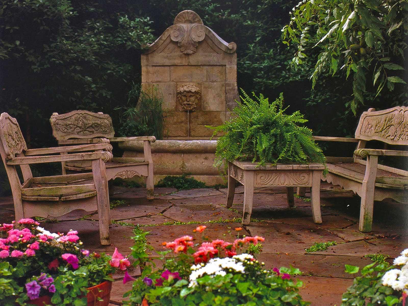 park cities courtyard garden