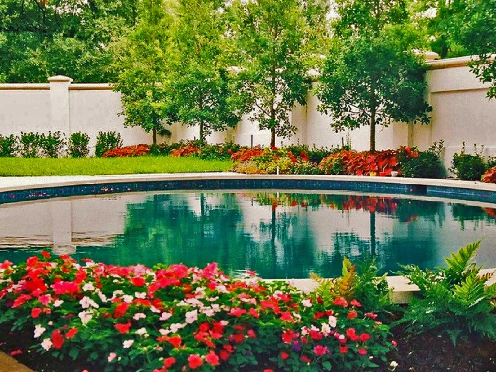 park cities pool garden
