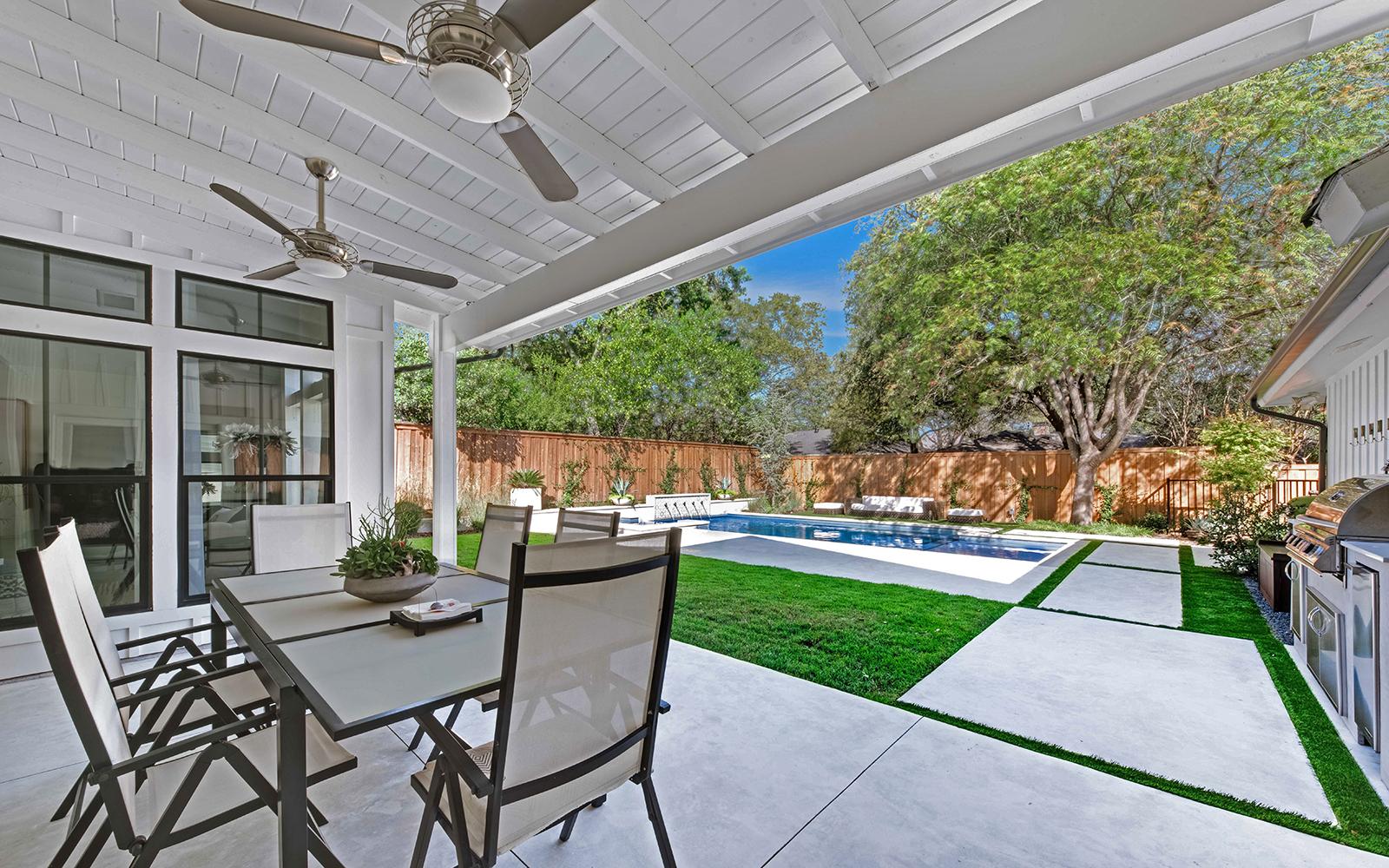 lakewood-rear-modern-porch.jpg