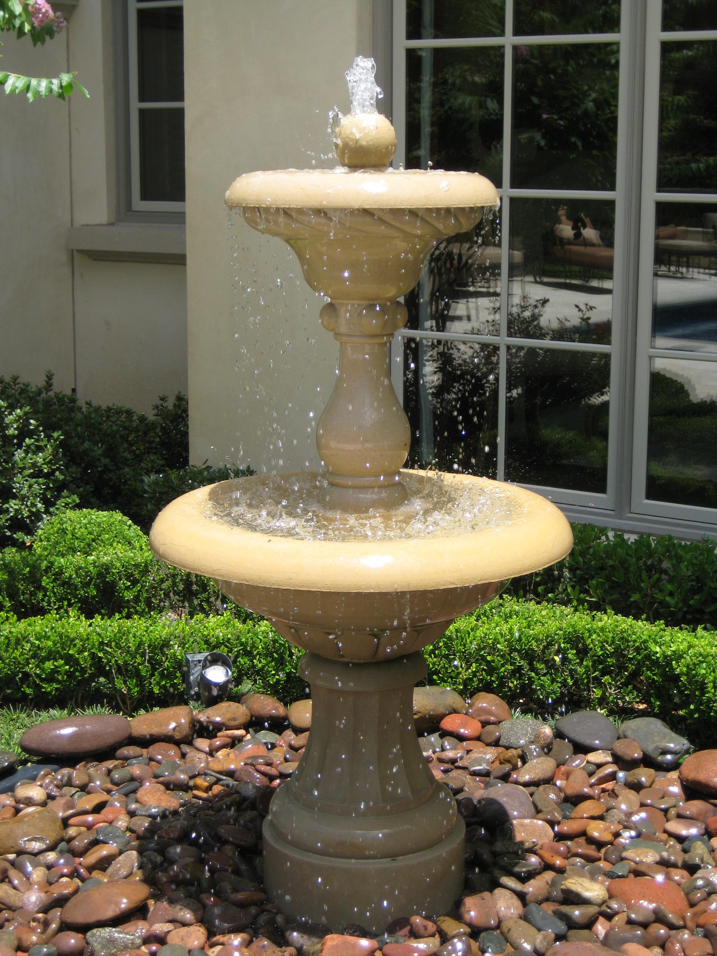 highland_fountain.jpg