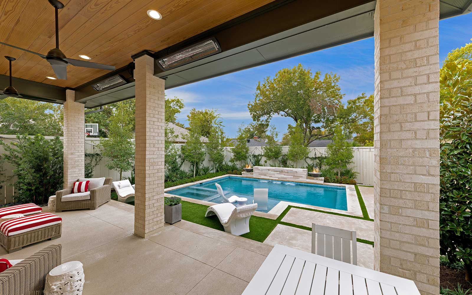 Ddla Design Lakewood Dallasrear Porch View To Pool.