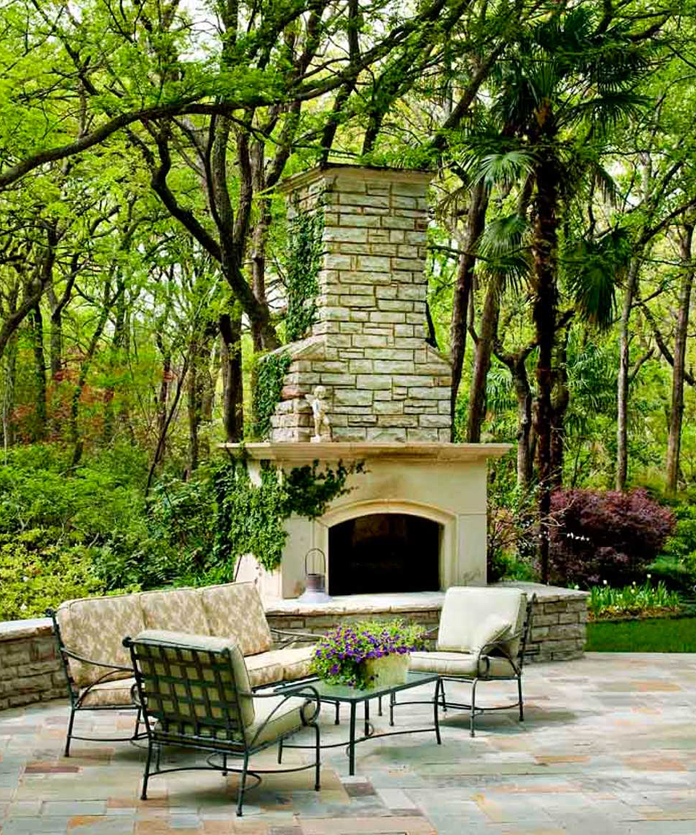 ddla-design-meadowbrook-outdoor-living-fireplace.jpg