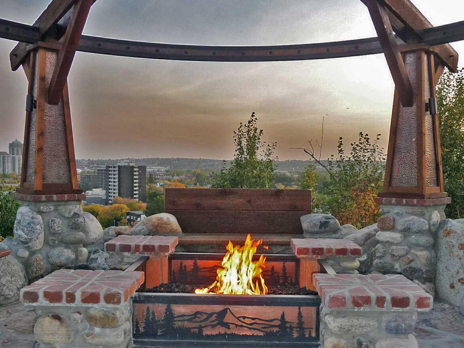ddla design_rosedale-residence-1_12_firepit-detail.jpg