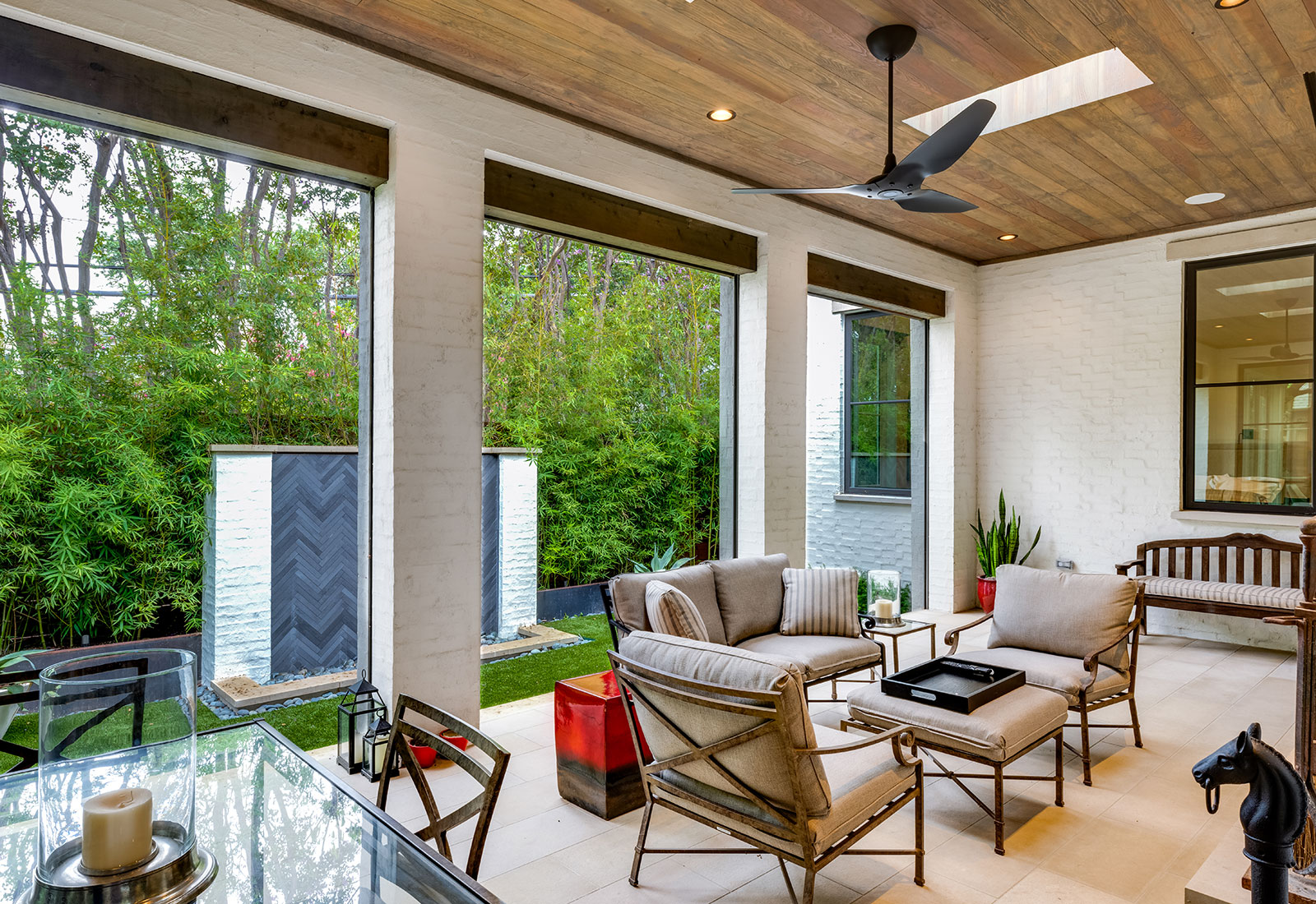 ddla-design-pemberton-modern-rear-screened-porch.jpg