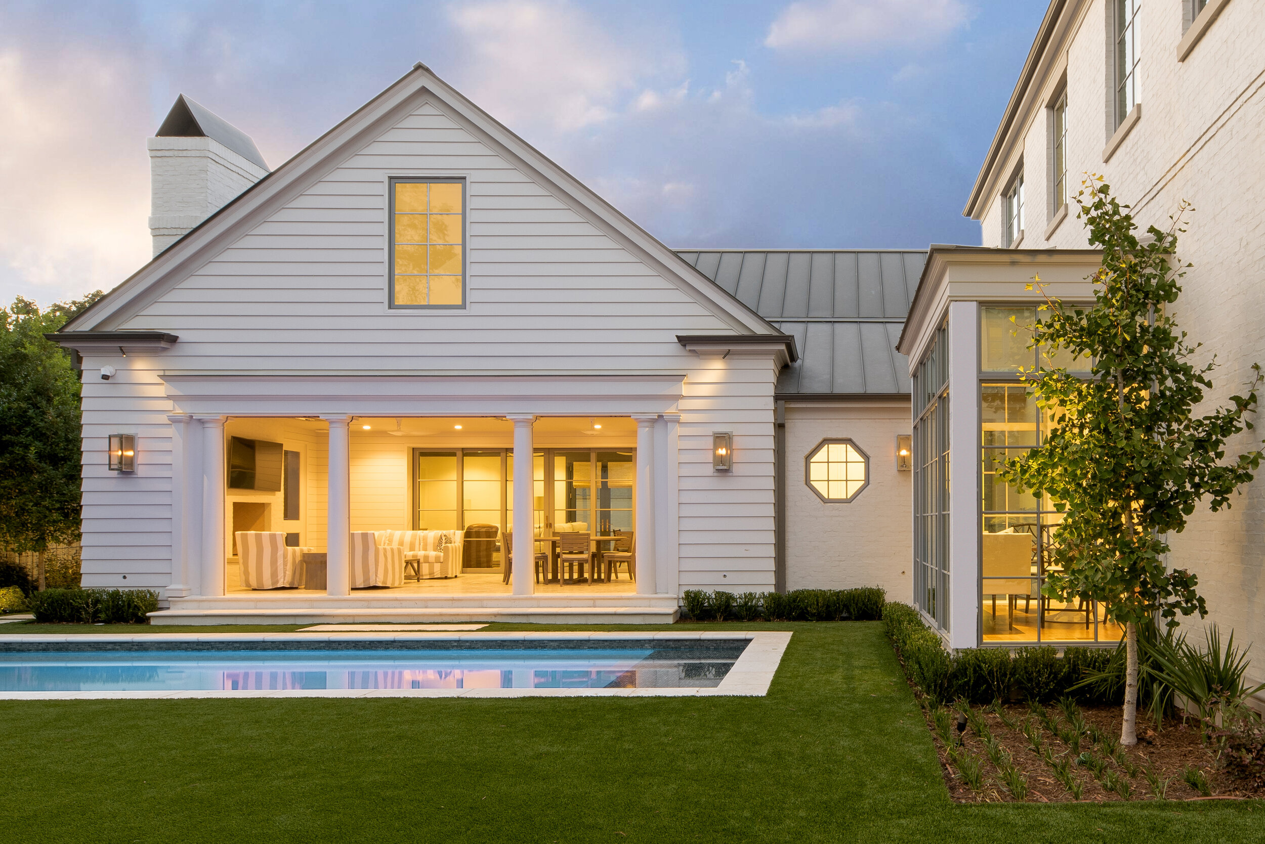 ddlla-design-maplewood-rear-pool-loggia-lawn.jpg