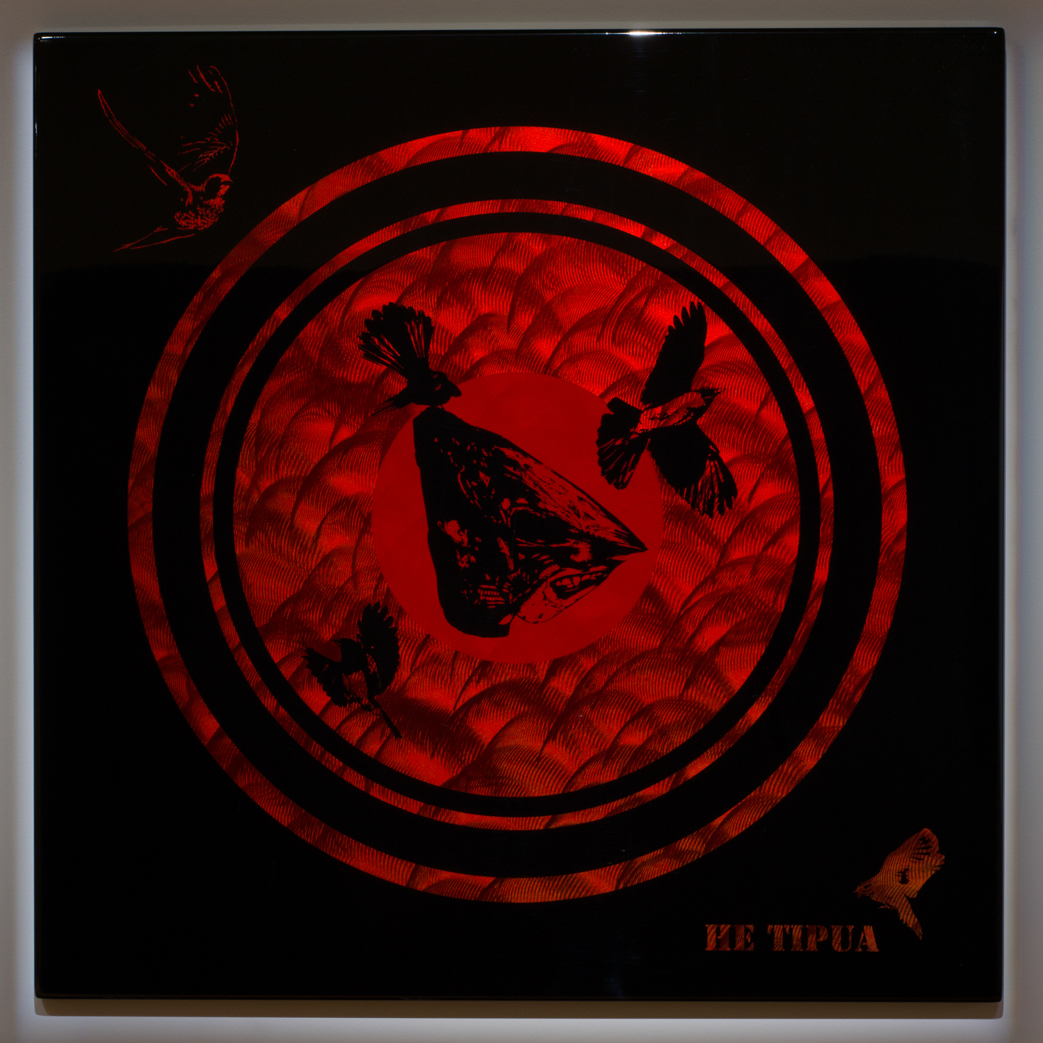 He Tipua    2012    Lacquer on stainless steel    1 × 1m