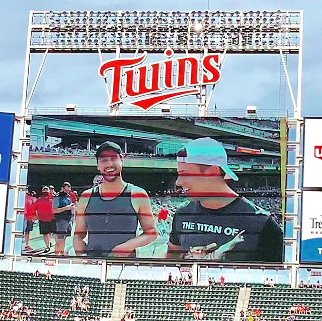 Sporting my spirit today with the #mntwins ❤️ the #twincities @targetfield thanks @thehypeagency