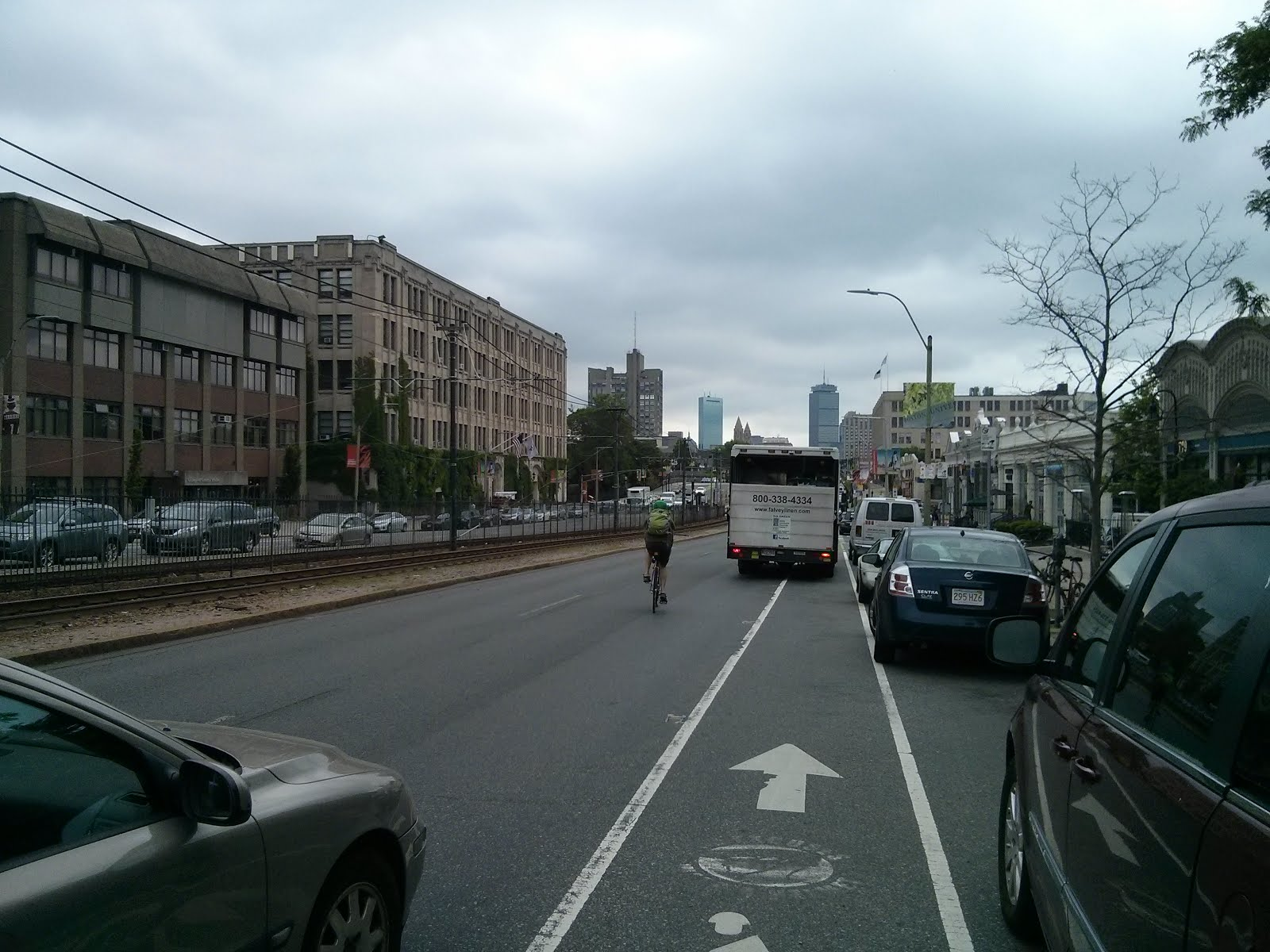 Typical bicycling conditions in existing Comm Ave phase 2A scope; not planned to be improved.