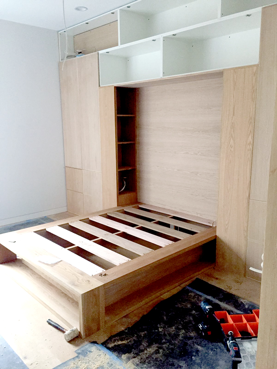 custom timber bed