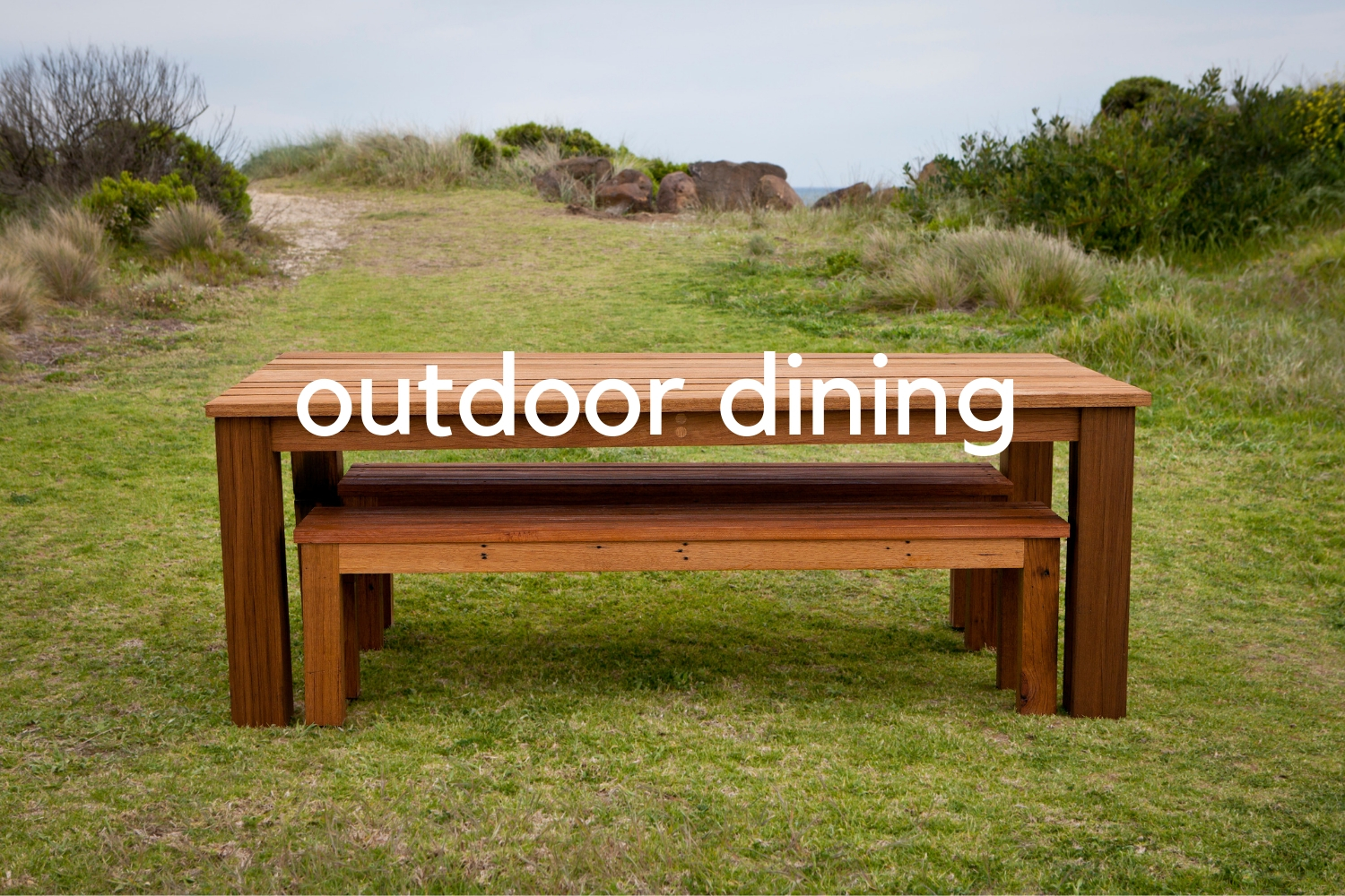 custom outdoor dining table setting