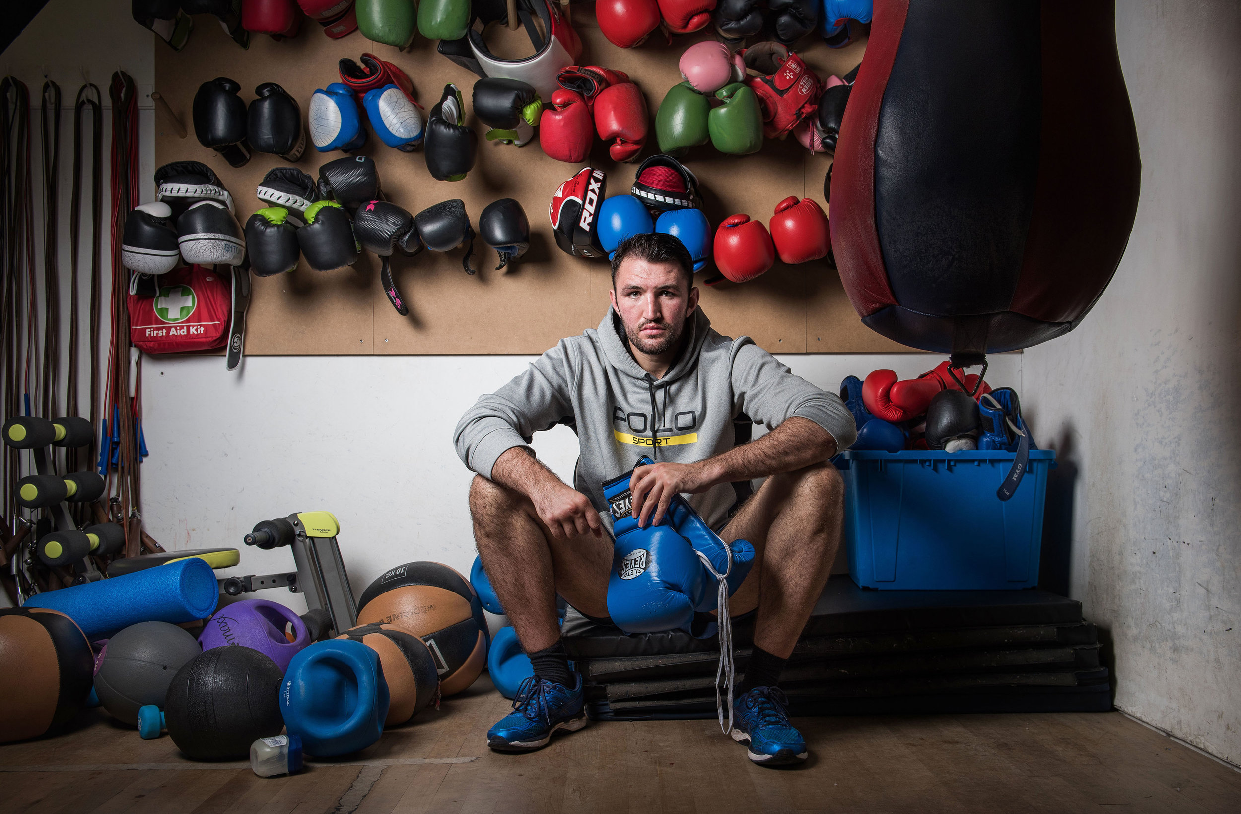 HEAVY WEIGHT BOXER PICTURED AT HIS GYM IN WINDERMERE, LAKE DISTRICT WITH COACH PETE FURY AND IN CONVERSATION WITH JOURNALIST GARETH PHOTO CREDIT PAUL COOPER