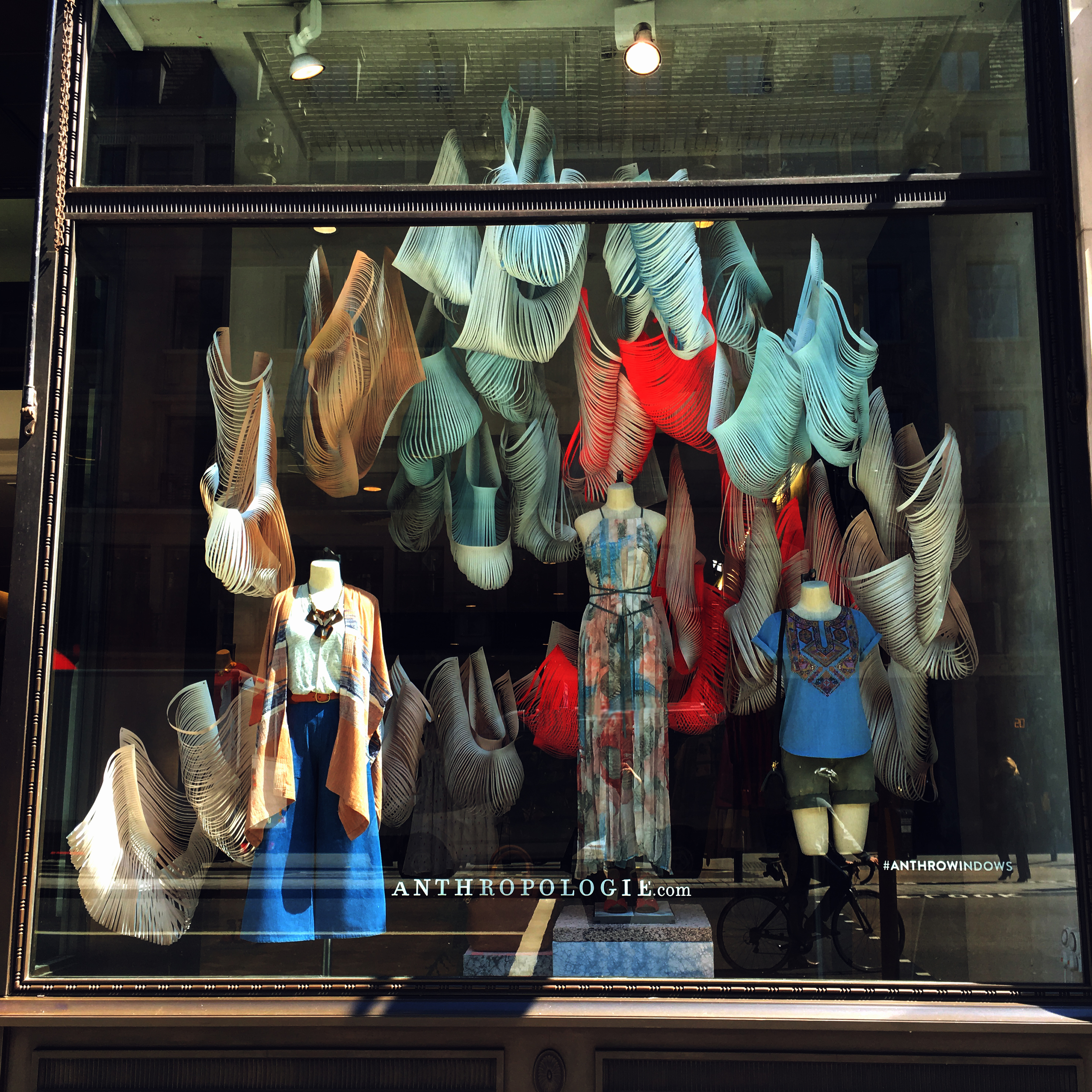 anthropologie-window-displays.jpg