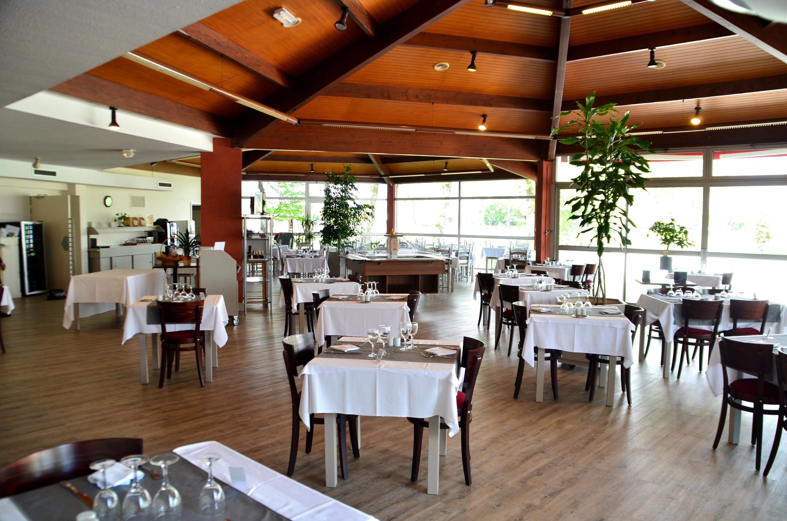 Dax Hotel - Restaurant 6.jpg