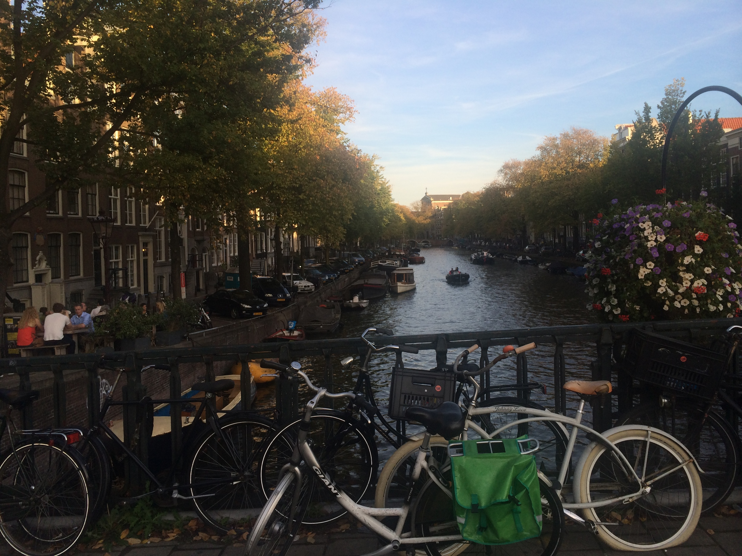 The canal & the bikes