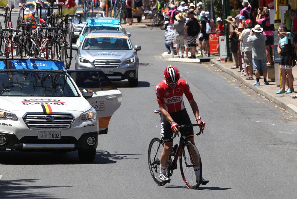 Solo breakaway rider Adam Hansen gets a tyre change