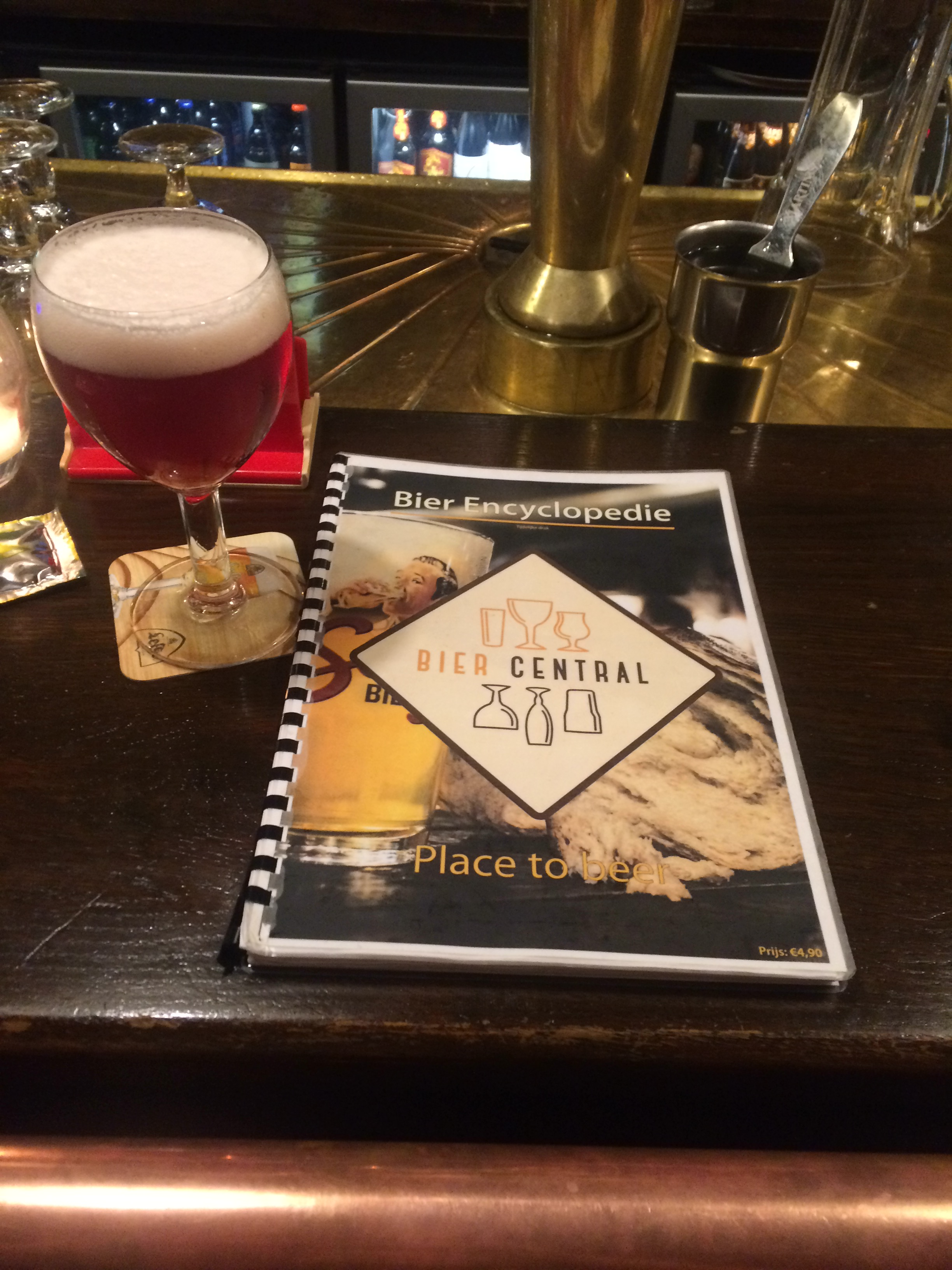 Antwerp Bier Central,300 beers in the Encyclopedie