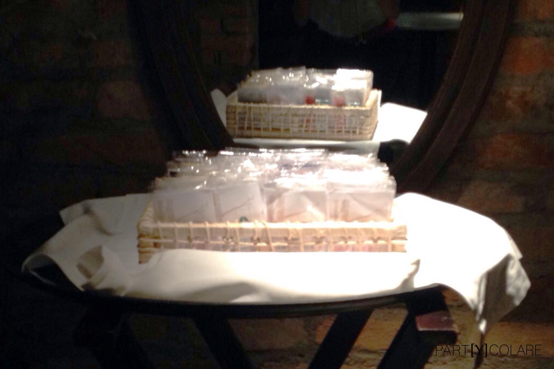 Presentaron los KIT&MARRY en el interior de una caja de madera, como nosotras en España.