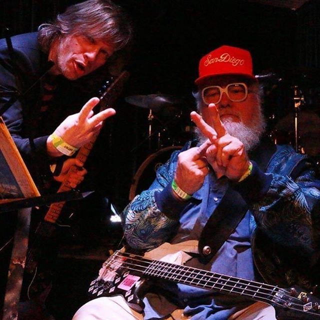 Jason Falkner and R. Stevie Moore at Maggie Mae's Gibson Room in AustinTX during SxSW 2017 playing songs from their Make It Be album. #rsteviemoore #jasonfalkner #makeitbe #maggiemaes #gibsonroom #austintx #sxsw2017 #peacesignmiddlefinger