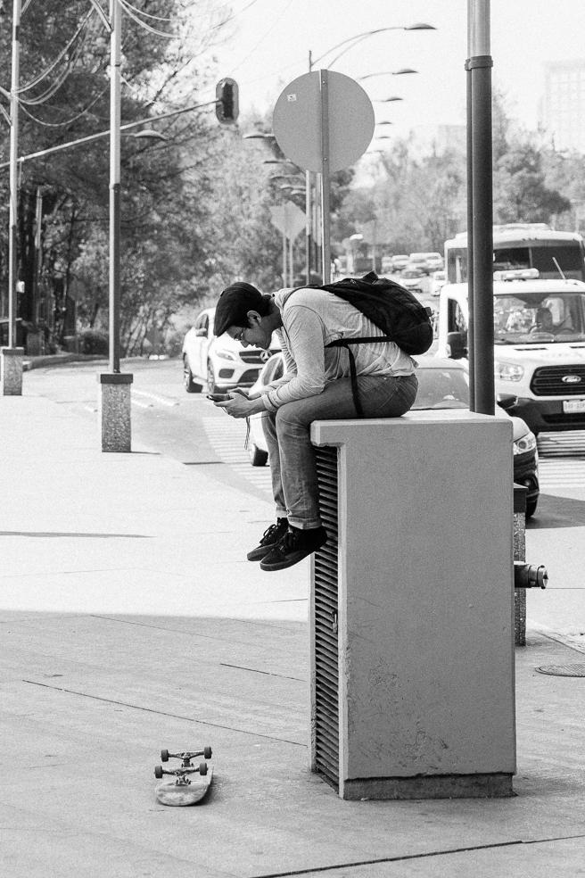 skateboarder-mobile